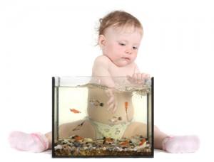 Средства безопасности дома для малыша