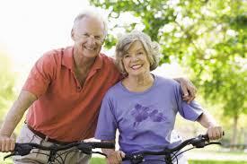 прогулка на велосипеде и настроение поднимет и физкультурой послужит