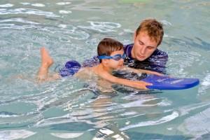 Занятия плаванием снимают стресс