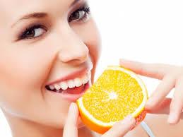 отбеливать лимоном зубы