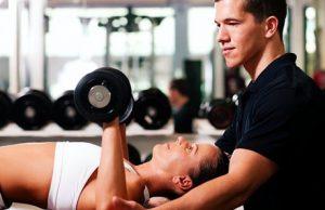 выбрать фитнес инструктора